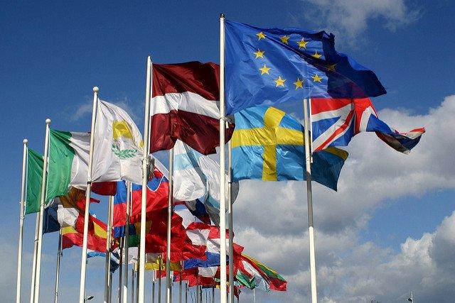 EU FLAGS 800